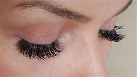 Does Vaseline Make Eyelashes Grow Longer by Does Vaseline Help Eyelashes Grow Side Effects Benefits