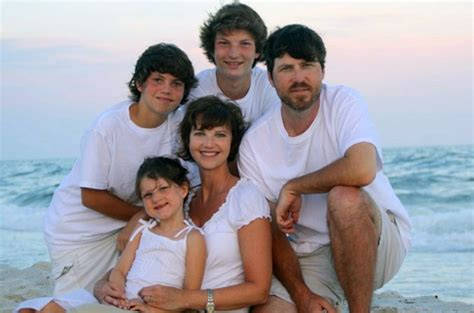 duck dynasty stars without beards duck dynasty cast before they had beards photos