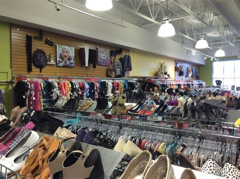Plato S Closet Hours Of Operation by Plato S Closet Used Vintage Consignment Ottawa On Photos Yelp