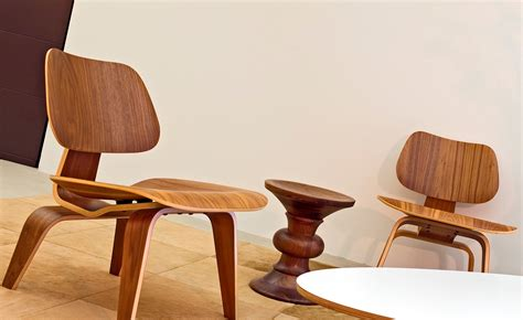 Eames Molded Plywood Lounge Chair Lcw by Eames 174 Molded Plywood Lounge Chair Lcw Hivemodern