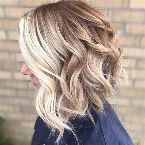 hair highlighted in front 25 best ideas about chunky blonde highlights on pinterest