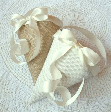 Wedding Aisle Flower Cones by 19 Best Pew Cone Images On Church Pew