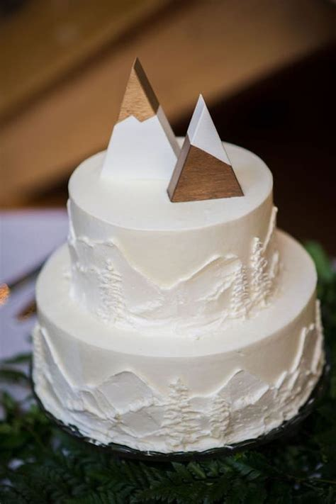 Wedding Cake Mountain by Getting Married For The Second Time Check Out These Fab Tips