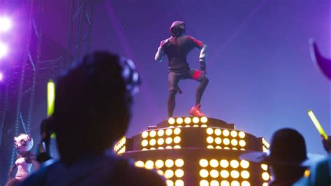 official samsung ikonik skin trailer samsung  fortnite youtube