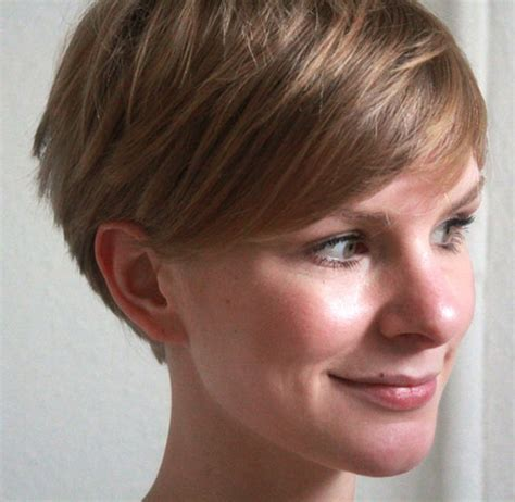 short pixie hair style with wedge in back 35 exclusive wedge haircuts for women wedge haircut