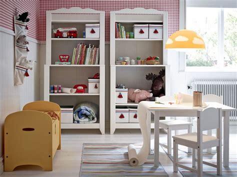 libreria bambini ikea cameretta in stile montessori con mobili ikea mamma felice