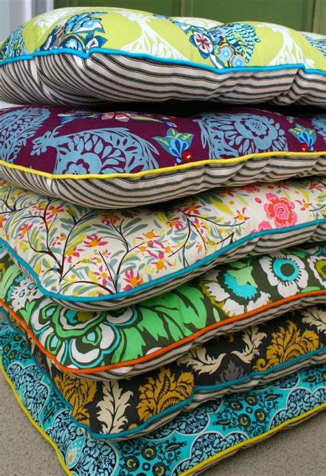 How To Make Patio Chair Cushions Mmmcrafts Six Cushions Only Took Ten Years Now You Make Some