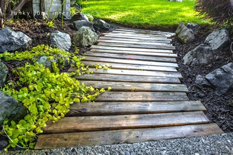 backyard walkway ideas 10 cool and amazing diy wooden projects for your yard you