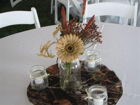1000  ideas about Camo Wedding Centerpieces on Pinterest
