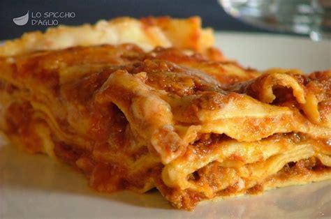 come cucinare le lasagne ricetta lasagne al forno alla bolognese le ricette