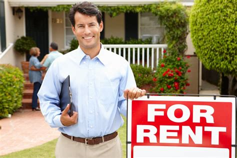 hiring a real estate to sell your house