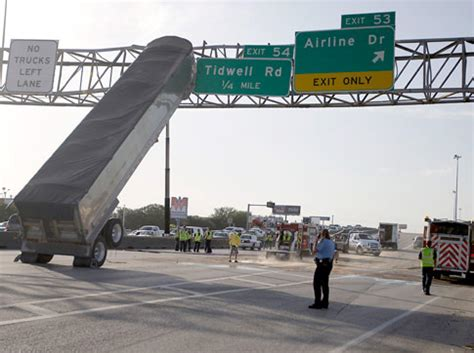 Truck Accessories Houston I45 Crash Leaves Truck Bed Teetering Against Exit Sign
