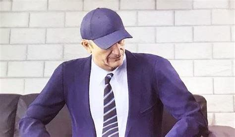 Topi Baseball Import I Am A Fan Combi Hijau fifa 18 makes hilarious tony pulis design as he constantly wears a hat even while in a suit