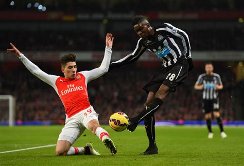 arsenal vs newcastle player ratings london evening hector bellerin pictures arsenal v newcastle united