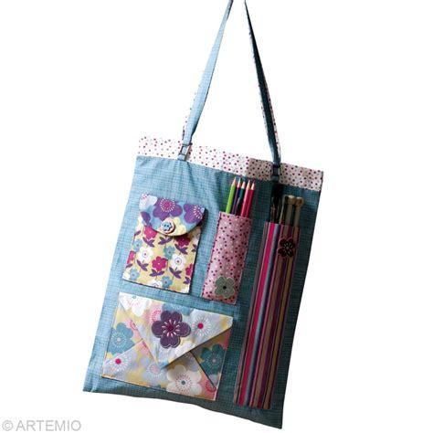 Faire Un Sac En Couture by Faire Un Sac En Tissu Pour Les Loisirs Cr 233 Atifs Id 233 Es Et