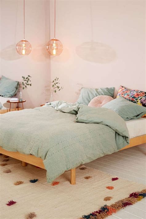 vintage pastel bedroom best 25 duvet ideas on pinterest linen sheets bed