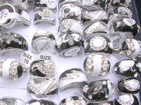 50 pcs fashion rings wholesale cheap rings best value lot