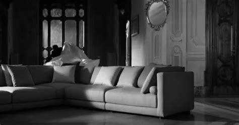 poltrone e sofa pubblicita attori perch 233 la pubblicit 224 di