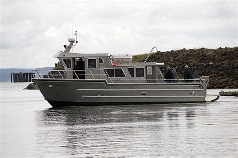 volvo boat alaskan charter sport fishing boat powers up with volvo
