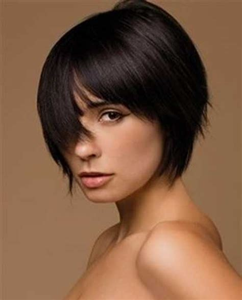 haircut for wispy hair short bob with wispy bangs for older women short