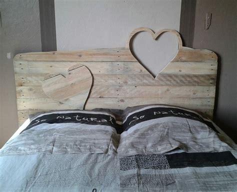Tete De Lit En Forme De Coeur by T 234 Te De Lit En Palette Un Projet Peu Co 251 Teux Pour Vos
