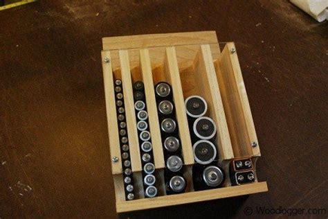 homemade drop  battery dispenser diy projects