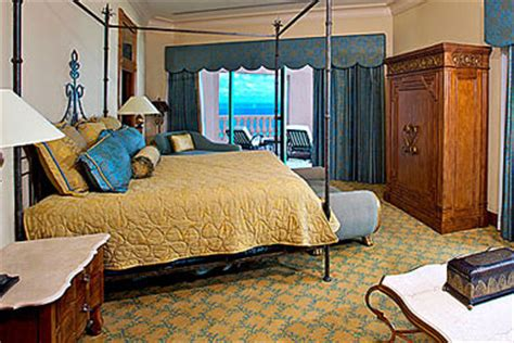 atlantis royal towers water view room atlantis royal towers room prices rates family vacation critic