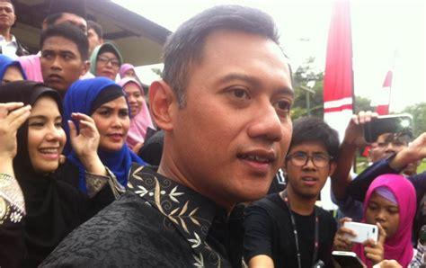 ahok di mako brimob agus yudhoyono kunjungi ahok di mako brimob ini yang