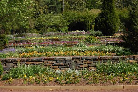 Jardins En Terrasse by Am 233 Nager Un Jardin En Terrasse En Pente Maison