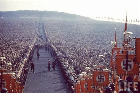 hitler nuremberg nazi rallies 20 of the most powerful photos you ll ever see smatterist