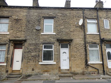 2 bedroom halifax whitegates halifax 2 bedroom house for sale in chestnut