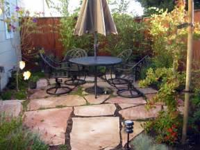 Backyard decor for small spaces small patio design ideas