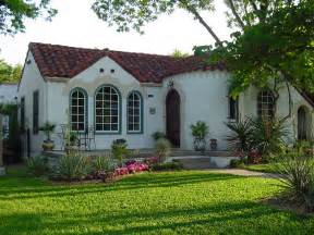 spanish bungalow house plans further santa barbara style grandeza associated designs