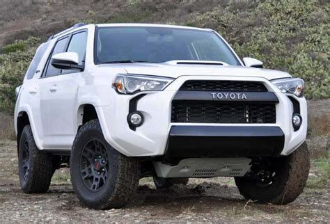 2018 toyota 4runner release date review price