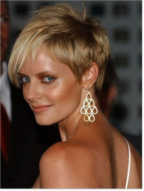 short pixie haircuts with asymmetrical bangs front and side view asymmetrical pixie cut hair pinterest short