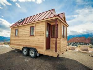 homes on wheels 13 cool tiny houses on wheels hgtv