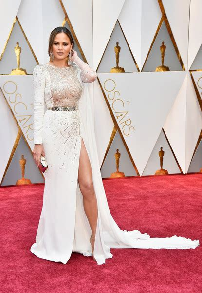 chrissy teigen in zuhair murad 2017 oscars best dresses red carpet moment 187 celebrity