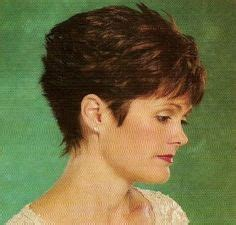 1980 wedge hairstyle short wedge haircut from 1980 cute short cropped wedge