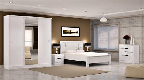 banheiros decorados id 233 ias originais de decora 231 227 o fotos 20170402023612 quarto de casal decorado em branco beigit com