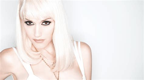 Gwen Stefani by Gwen Stefani Wallpapers Images Photos Pictures Backgrounds
