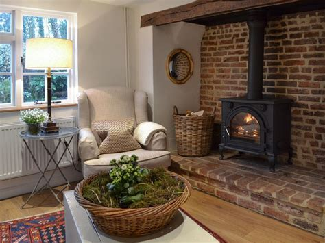Inglenook Fireplace Ideas by 17 Best Ideas About Inglenook Fireplace On