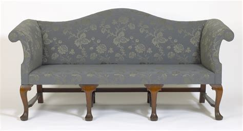 queen anne sofa queen anne sofas andersen stauffer furniture makers