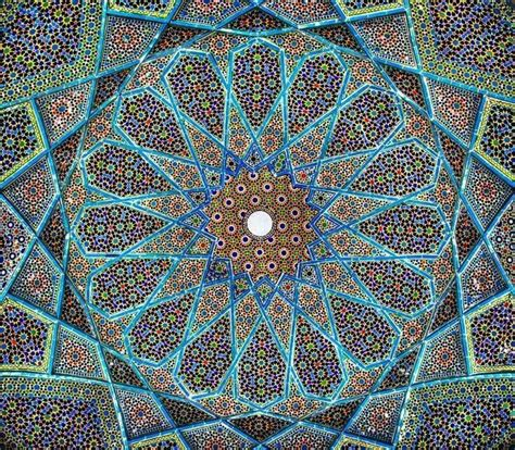 geometric pattern islamic architecture symmetry in islamic art