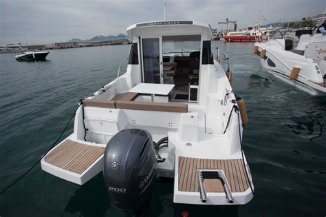 merry fisher fishing boats jeanneau merry fisher 795 review boats