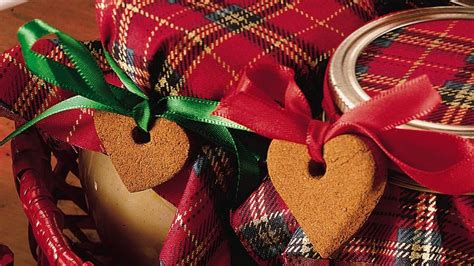 scented cinnamon ornaments recipe from pillsbury com
