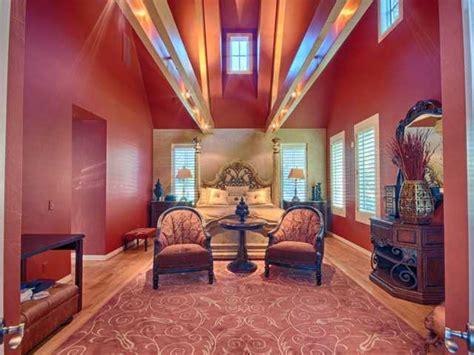 kevin durant s house oklahoma city thunder star kevin durant s house for sale realtor com 174