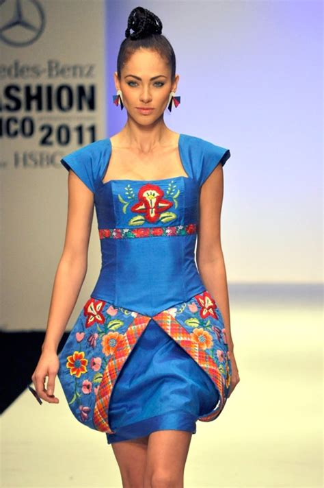353 best moda mexicana y latina images on pinterest 26 best images about fashion designers mexican on