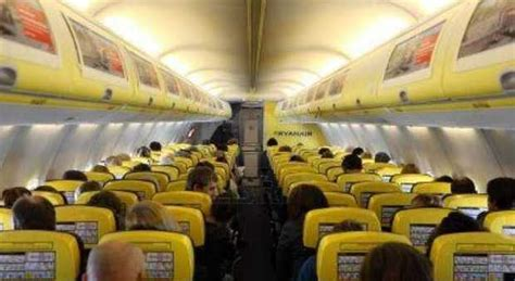 voli low cost usa interni ryanair nuovi servizi in arrivo nel 2015 ecco le novit 224
