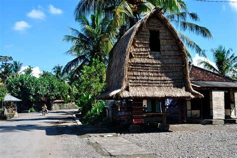 Songket Khas Lombok berburu songket indah khas lombok di sukarara cipika
