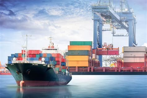 shipping industry challenges 2017 s top 5 shipping trends